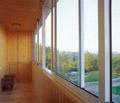 Рис.5: Раздвижная система остекления балконов из алюминевых профелей (БЕСЕВИД)
