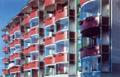 Рис.6: Прозрачное безрамное остекление балконов позволяет сохранить любое архитектурное решение (SKS STAKUSIT)